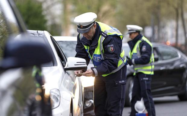 Polizei Ausweispflicht